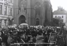 Markttrubel in Lindenau im Film Leipzig Lindenau 1910 | emsiges Markttreiben vor der Nathanaelkirche - die Älteren können sich noch gut daran erinnern