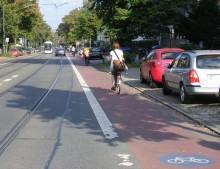 Mehr Platz für Fuß- und Radverkehr in der Karl-Heine-Straße | Radfahrstreifen: Radverkehr im direkten Blickfeld des Kraftfahrzeugverkehrs